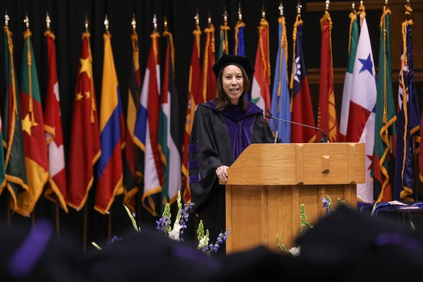 Judge Allyson Duncan offers wise counsel to Duke Law Class of 2019